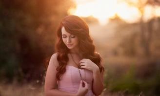 Những status hay chất chữa nỗi niềm của những cô gái đang loay hoay đi tìm tình yêu