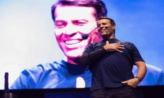 25 Stt tổng hợp những câu nói truyền cảm hứng của Tony Robbins
