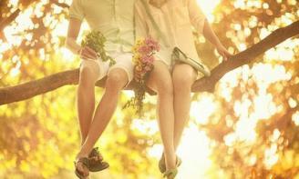 Status chờ mong Người yêu tương lai à, Em đi tìm anh, đi tìm hạnh phúc, đi tìm tương lai