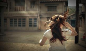Stt đàn bà và những nõi buồn lặng lẽ đau lòng đến sót xa