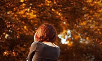 Status trái tim mùa thu Cảm giác ấy, con người ấy, tháng 8 năm ấy sẽ lại ùa về trong lòng người