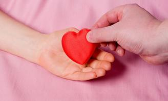 Những Stt ý nghĩa và cảm động nhất suy ngẫm về trái tim