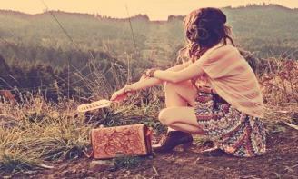 chấp nhận lặng lẽ rời xa anh, vì có lẽ đó là cái mà anh cần và cái mà mang lại hạnh phúc và niềm vui cho anh