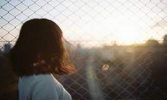 Status cuộc sống Cuộc sống bao người vẫn thế, sẽ gặp nhiều chuyện không vui và nếu điều đó buồn lòng