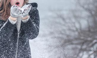 Cảm xúc khi gió lạnh mùa đông về qua những status hay nhất
