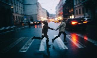 Stt tâm trạng viết cho những mối quan hệ không tên