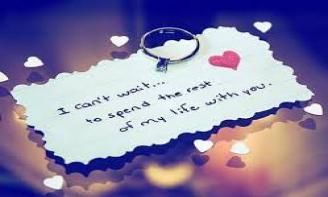 Status Yêu một người ở xa, bạn học cách đặt niềm tin vào người khác nhiều hơn