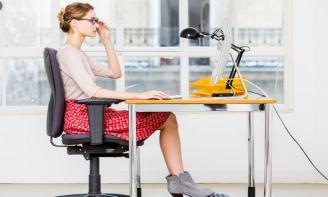 Lời khuyên bổ ích cho đôi chân của nhân viên văn phòng