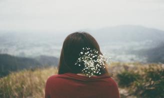 Status xúc cảm Ghen tuông là tình cảm vị kỷ, là cảm giác chiếm hữu, hoàn toàn vì bản thân mình