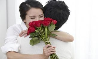 8 cách tặng quà bất ngờ cho bạn gái khiến nàng cười suốt cả ngày