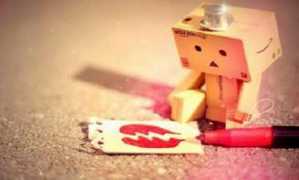 Status tâm sự viết cho tâm trạng của những cô gái đã từng bị tổn thương