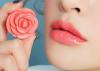 Trị môi thâm thành môi hồng tự nhiên bằng những cách đơn giản, dễ làm